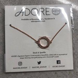 🆕 ADORE's Signature Organic Circle bracelet